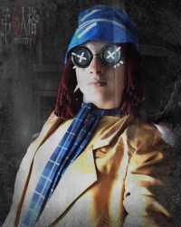 Helena Adams cosplay